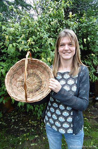 Round willow baskets